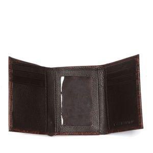 BOSCA Victoria Tri-Fold Croc Embossed Wallet New